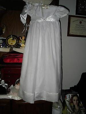 baptism gown size 12 mo very pretty