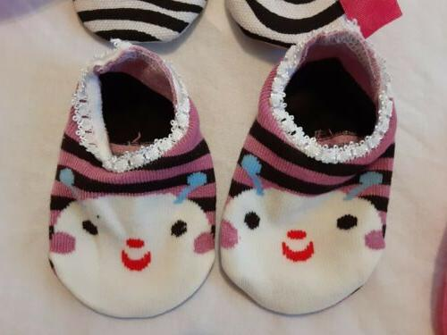 Lot of Socks/Slippers Months Baby/Infant/Toddler Girl