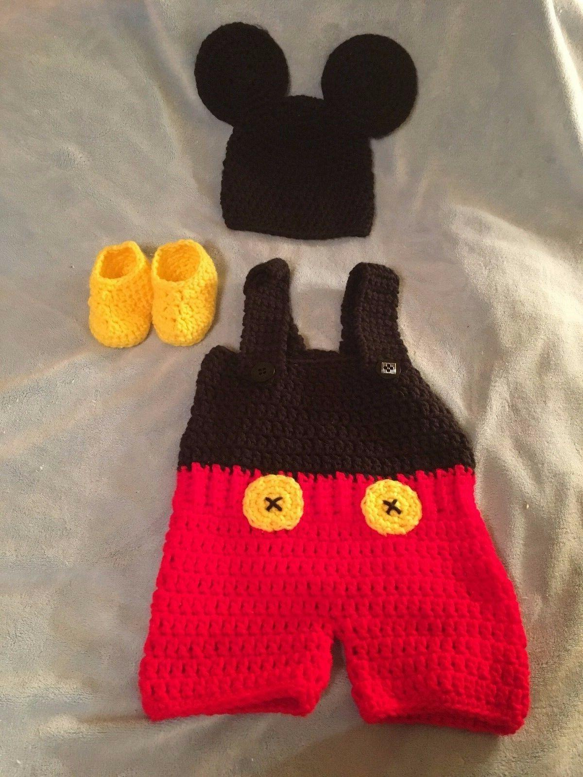 Mickey Mouse outfit with hat and booties size 0-3 months to