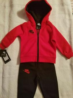 NWT Nike Hoodie And Sweat Pants Set Size 12 months