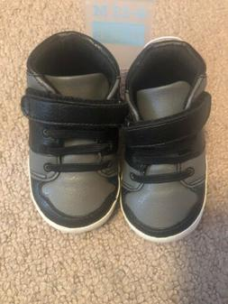 NWT The Children's Place Baby Boy Crib Shoes Black And Gra