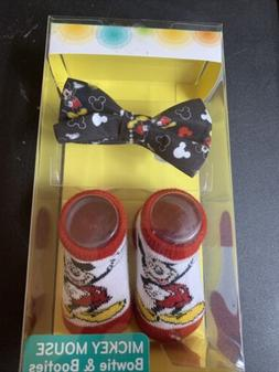 Size 0-12 Months Disney Baby Mickey Mouse Bowtie & Booties